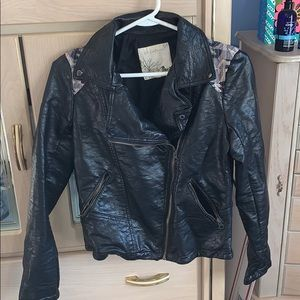 Like new Aztec print leather jacket